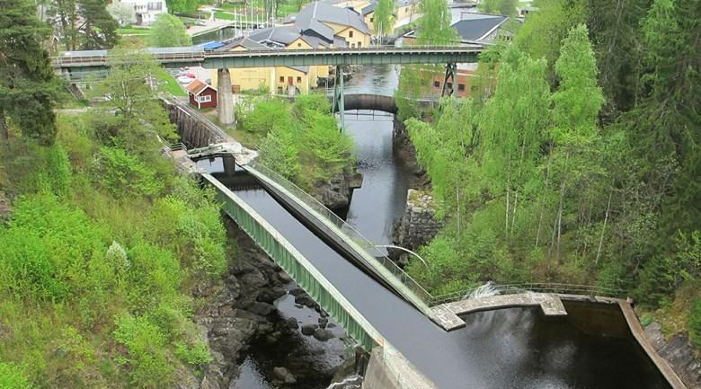 Dalslands kanal med akvedukten i Håverud