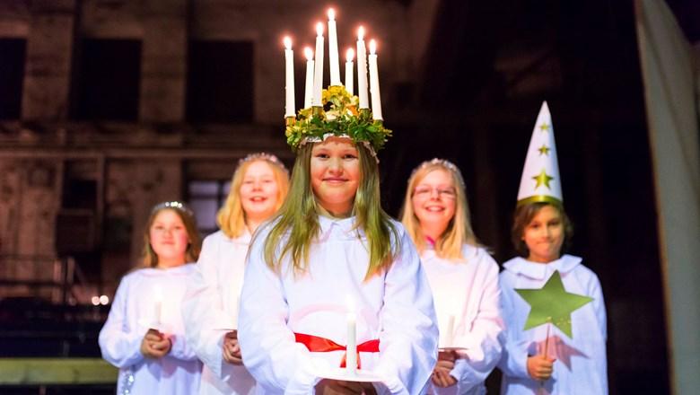 Svenskt luciafirande.