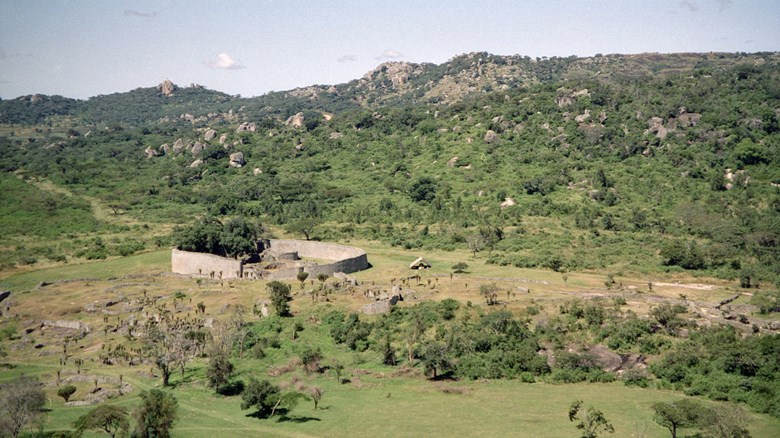 Vy över Great Zimbabwe. Foto Jan Derk.