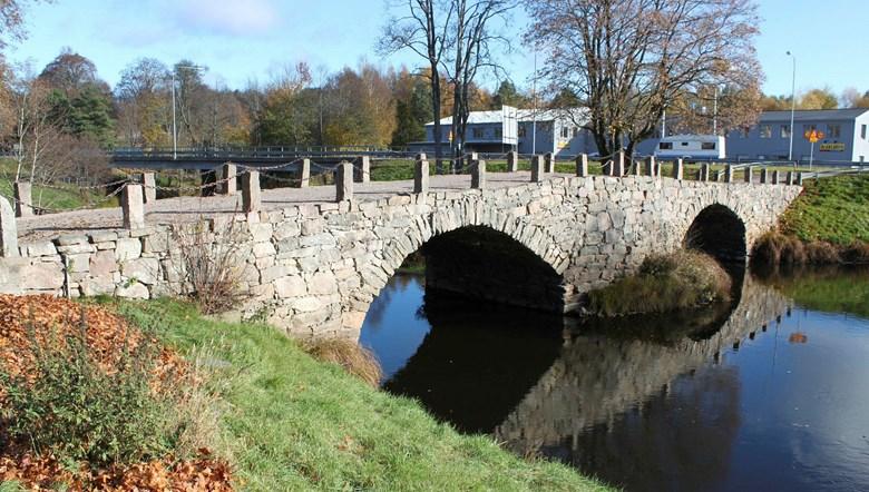 Stenvalvsbro i Svenljunga kommun